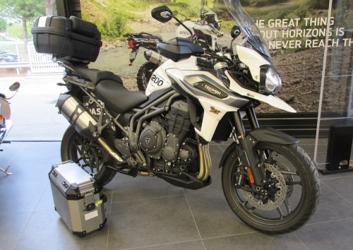 Location moto Montpellier Triumph Tiger XRX 1200 4