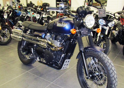 Location moto Montpellier Triumph scrambler 900 1