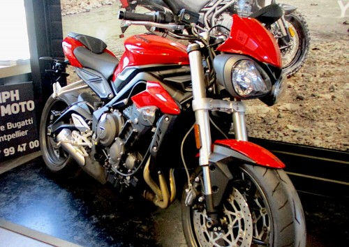 location moto Montpellier Triumph Street Triple 765 S 9257