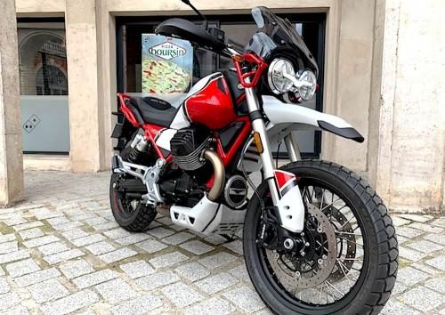 location moto Nancy Guzzi V85 TT 9985
