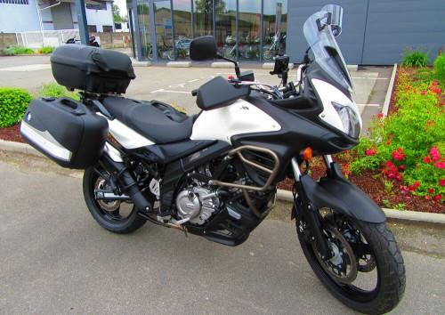 Location moto Rennes Suzuki 650 V-strom 1