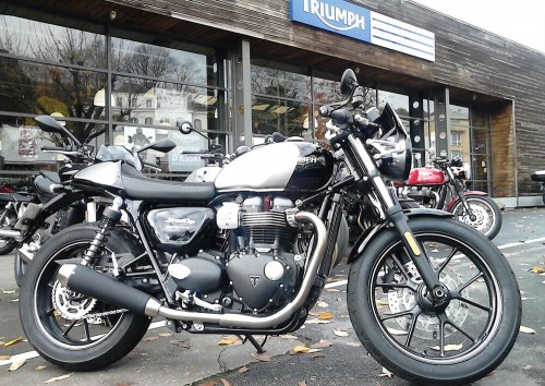 Location moto Rouen Triumph Street Cup
