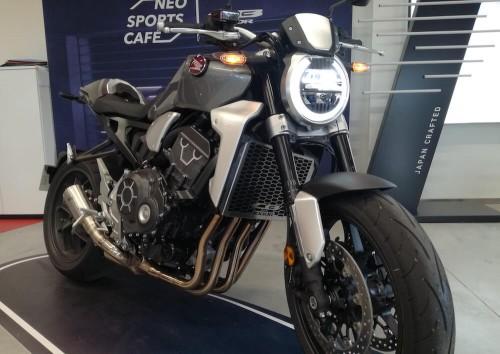 location moto Annonay Honda CB 1000 R 1