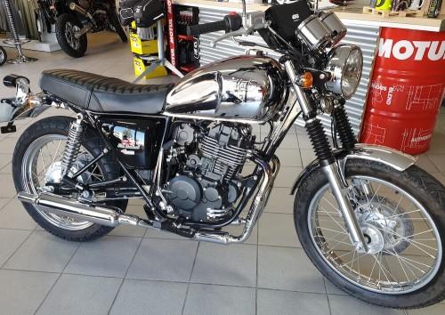 location moto salon-de-provence Mash 400 Five Hundred 1