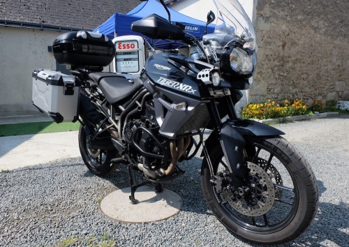 location moto triumph Triumph 800 Tiger XRX 1