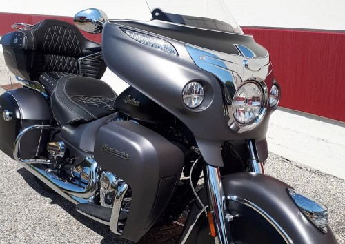 Location moto Valence Indian 1811 Roadmaster 1