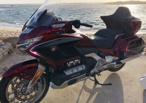 Location moto Vernon Honda Goldwing 1