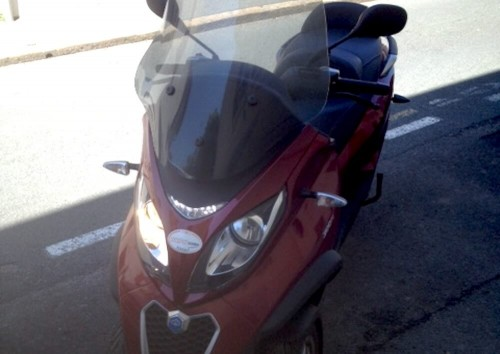 Location Scooter Biarritz Piaggio MP3 LT 1
