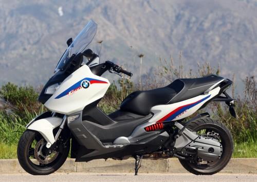 location scooter Calvi Corse BMW 600 Sport