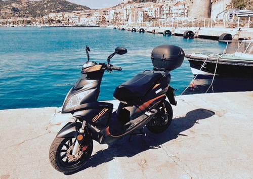 location scooter Calvi Corse TNT Grido 50