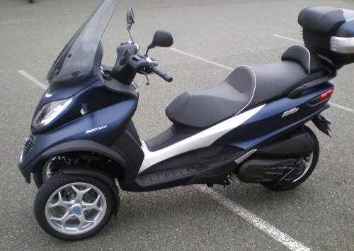 Location scooter Mayenne PIAGGIO MP3 500 3