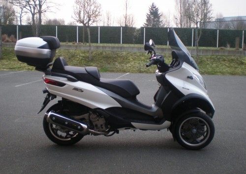 Location scooter Mayenne PIAGGIO MP3 500 1