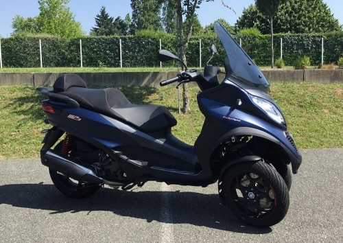 Location scooter Mayenne PIAGGIO MP3 500 HPE 2