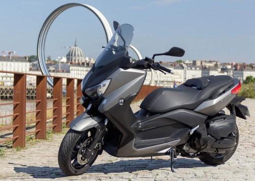 Location scooter nantes MBK 400cc Evolis