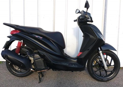 location scooter Narbonne PIAGGIO 125 Medley 8373
