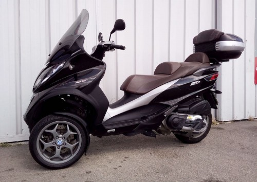 Location scooter Narbonne Piaggio MP3 500 LT