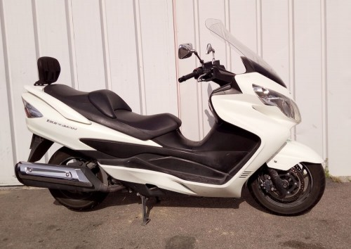 Location scooter Narbonne Suzuki 400 Burgman