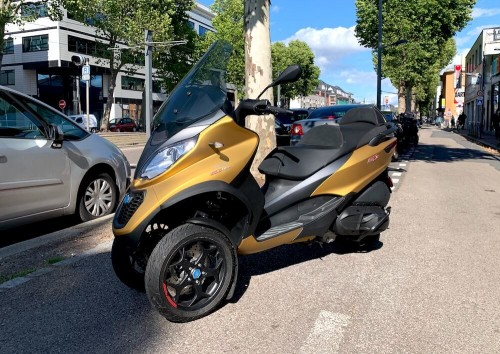 location scooter Rouen Piaggio MP3 500 HPE 11342