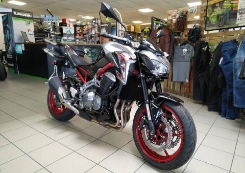 Location moto Annecy Kawasaki Z 900 4