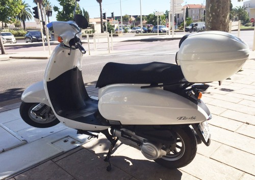 Location DAELIM BESBI 125cc Toulon 1