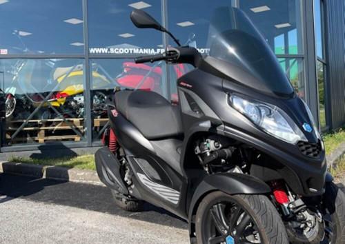 location scooter Nancy Piaggio MP3 300 HPE Noir 14891