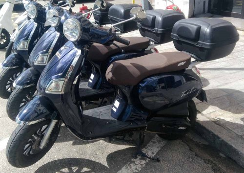 Location scooter Ajaccio IMF Industrie 125 Twist 1