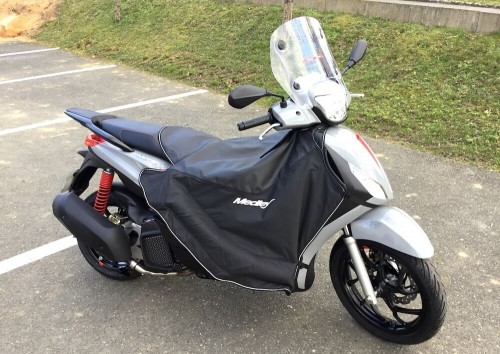 location scooter Mayenne (ville) Piaggio Medley 125 12715