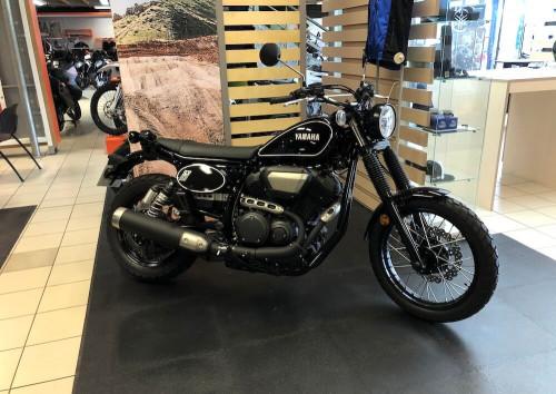 location moto Quimper Yamaha SCR 950 14096