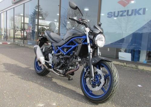 location moto Blois Suzuki Noir 650 SV 12313