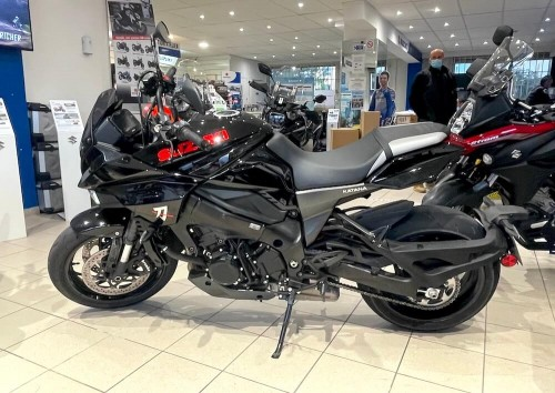 location moto Menton Suzuki Katana 1000 12230