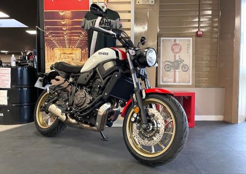 location moto Vannes Yamaha XSR 700 14163