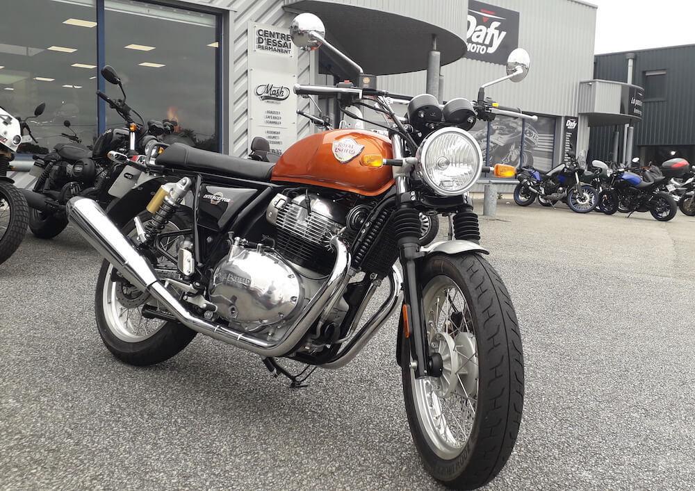 Vannes Royal Enfield 650 Interceptor motorcycle rental 15762