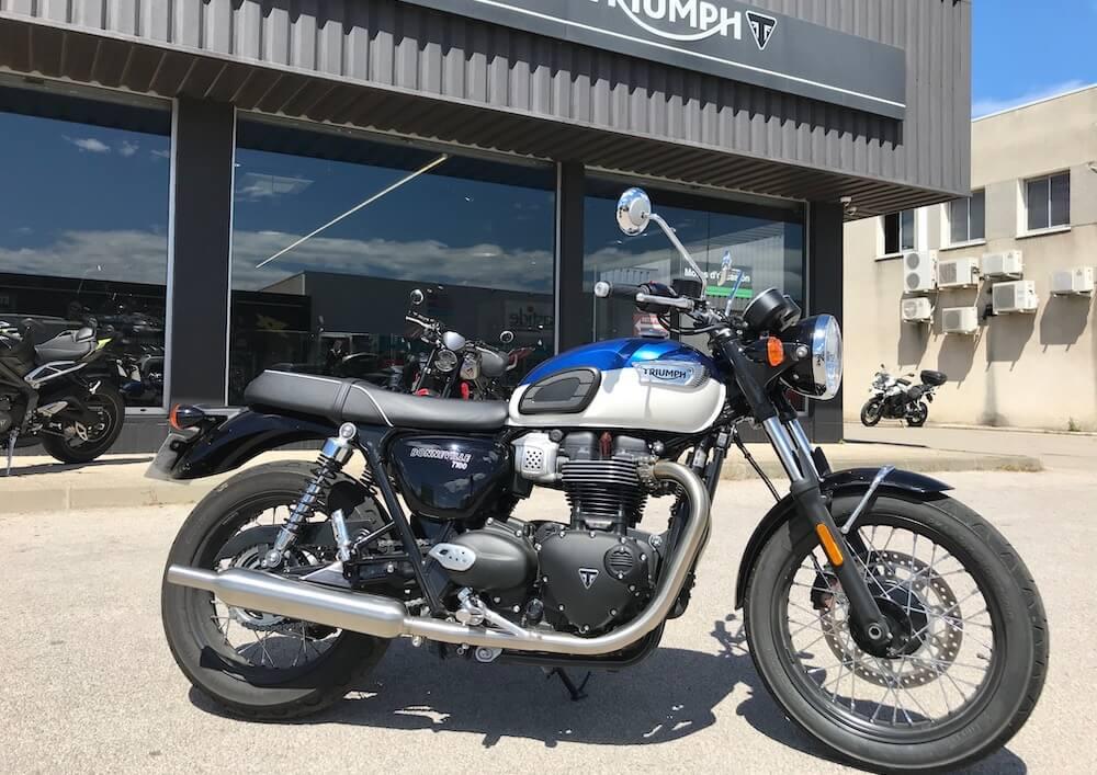 Perpignan Triumph Bonneville T100 motorcycle rental 15245