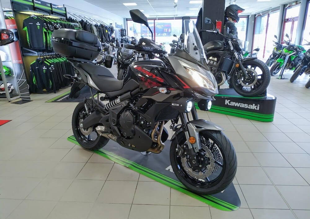 Location moto Laval Yamaha MT07 1