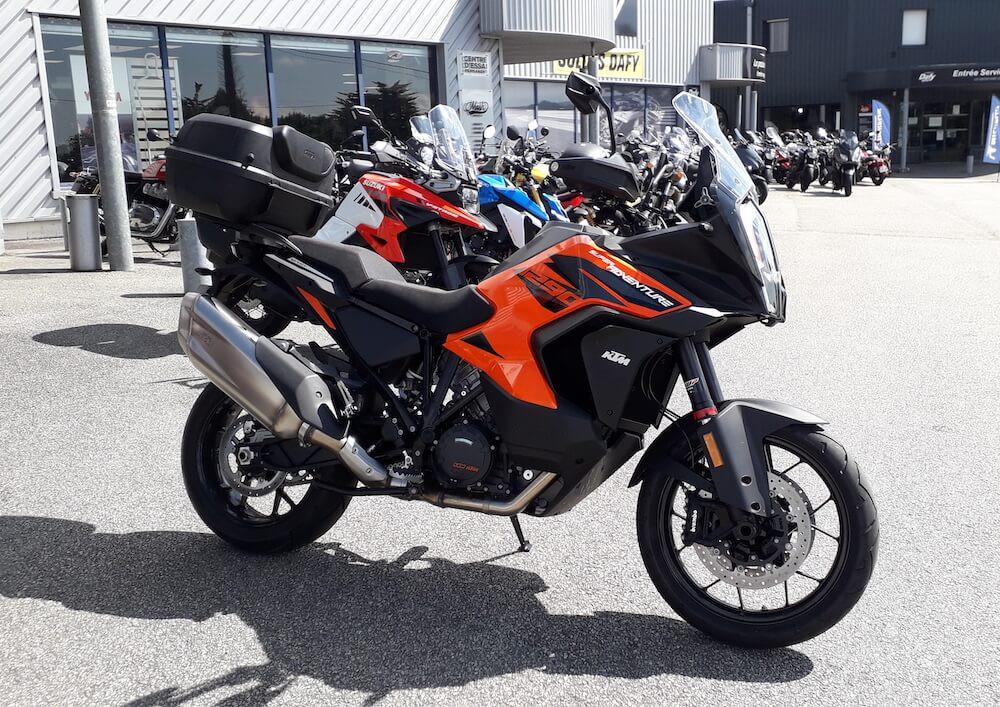 Vannes KTM 1290 Super ADV S motorcycle rental 15221