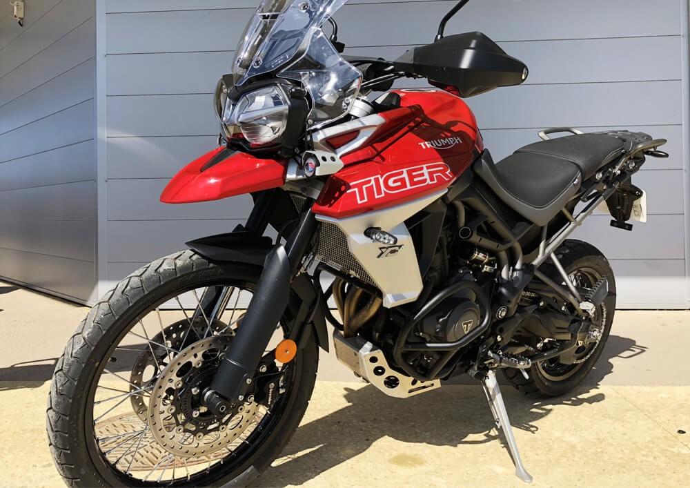 Location moto La Rochelle Triumph 800 tiger 1