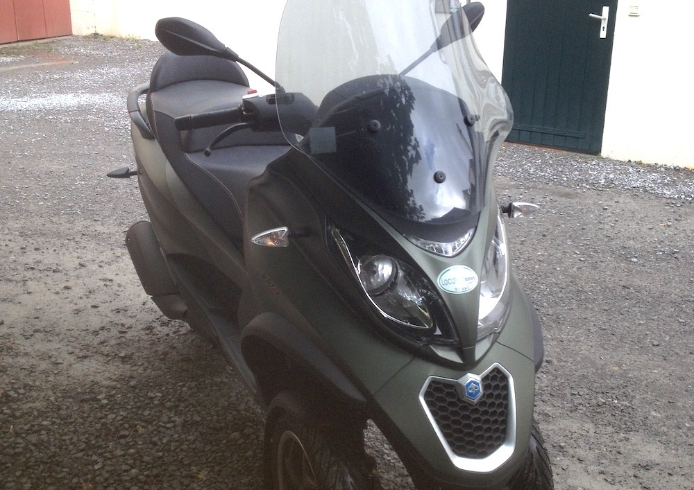 Location Scooter Toulouse Piaggio MP3 LT Sport 1