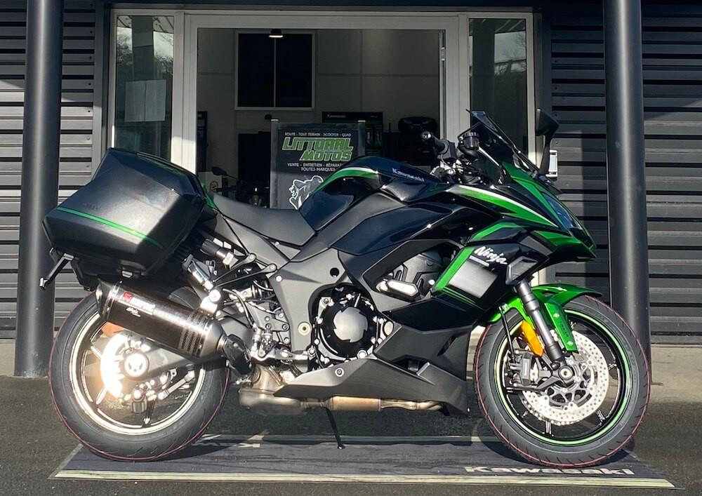 Aizenay Kawasaki Ninja 1000 SX motorcycle rental 13219