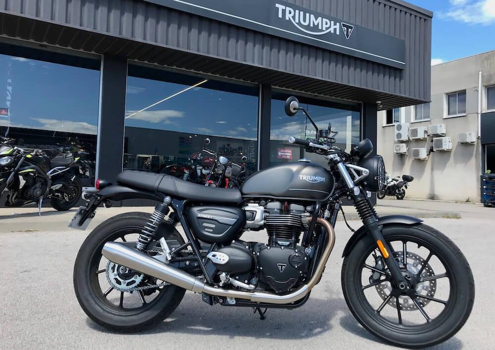 Perpignan Triumph Street Twin 900 motorcycle rental 15231