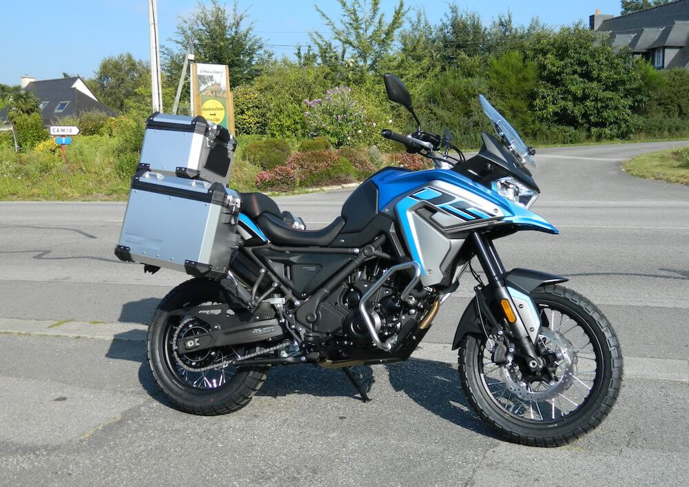 Moréac Voge 650 DSX A2 motorcycle rental 15974