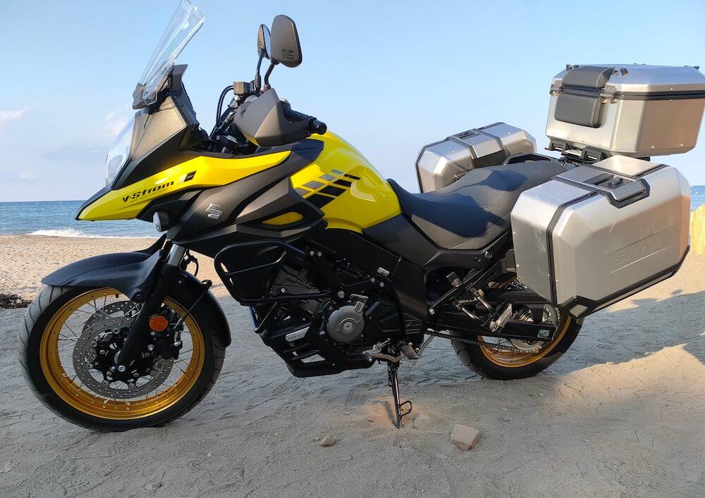 Bastia Suzuki V-Strom DL 650 A2 motorcycle rental 15262