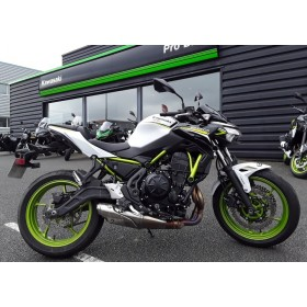 motorcycle rental Kawasaki Z 650 A2