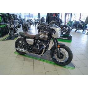 motorcycle rental Kawasaki W800