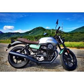 motorcycle rental Moto Guzzi V7 III Rough A2