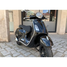 motorcycle rental Vespa GTS 300