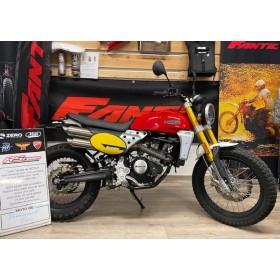 motorcycle rental Fantic 125 Scrambler