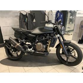 motorcycle rental Husqvarna Svartpilen 701