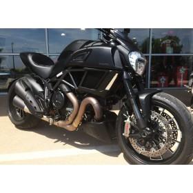 location moto Ducati Diavel