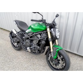motorcycle rental Benelli 752 S