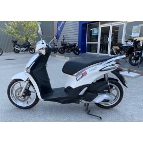 motorcycle rental Piaggio 125 Liberty